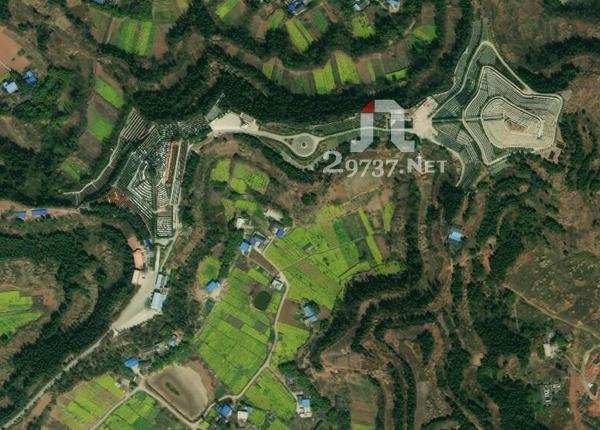 《龙泉山公墓》简阳有哪些公墓孝子山陵园、孝子山公墓:左边一坛金、右边一坛银